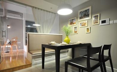 64平清爽两居室欣赏餐厅餐桌