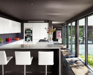 色彩丰富现代住宅欣赏厨房