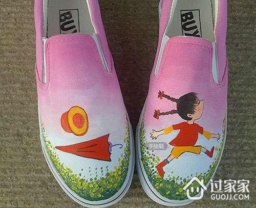 丙烯颜料的用途之三:手绘鞋
