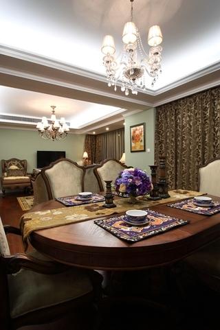 130平美式四室两厅欣赏餐厅设计