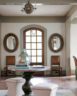 浪漫法式风情别墅欣赏入户厅