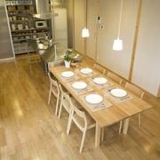 86平日式文艺复式欣赏餐厅设计