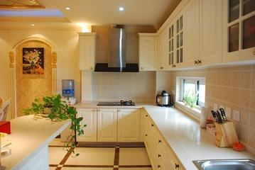 奢华欧式风情四居室欣赏厨房橱柜
