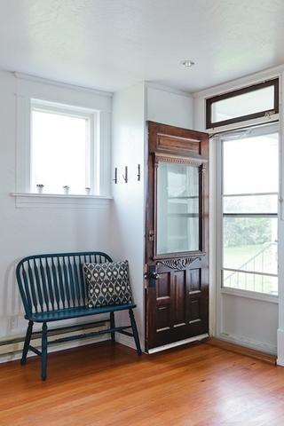 白色北欧小两居设计欣赏过道室内门
