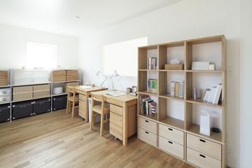 112平日式风格住宅欣赏书房设计