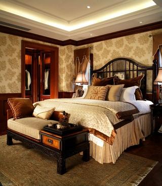 220平奢华美式别墅欣赏卧室陈设