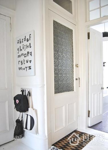 素色不失文艺的简约公寓欣赏入户厅