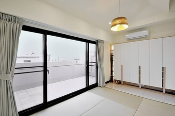 121平流程现代住宅欣赏阳台