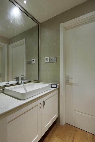 89平温馨简约复式欣赏洗手间设计