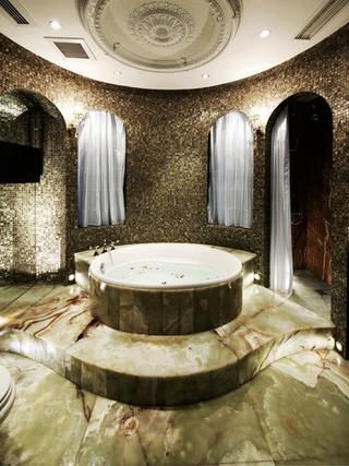 浪漫法式风格住宅欣赏卫生间