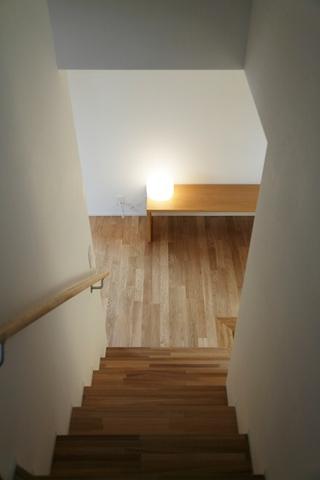 112平日式风格住宅欣赏楼梯间