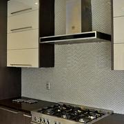 现代风格厨房橱柜套图欣赏