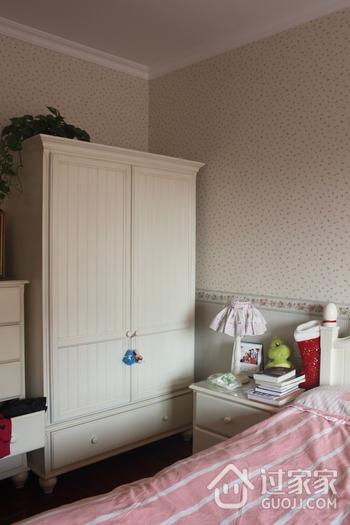 72平简约小两居欣赏卧室衣柜