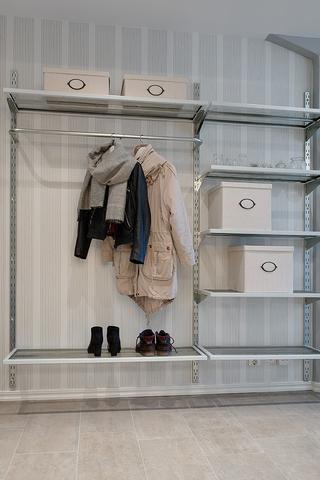 70平米北欧复式住宅欣赏入户厅设计