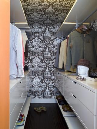 现代复式楼装饰图衣帽间