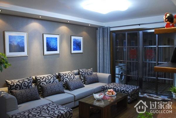 82平简约温馨住宅案例欣赏客厅照片墙设计