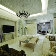 欧式风格效果套图客厅吊顶设计