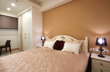 72平现代装饰两居室欣赏卧室陈设