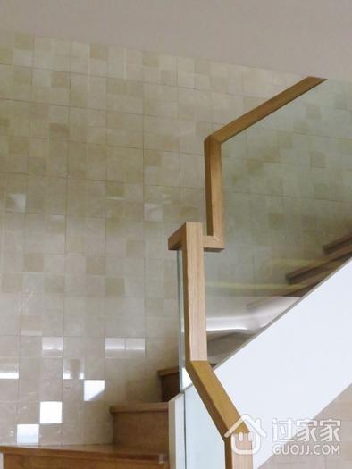 简约三居室设计欣赏楼梯间