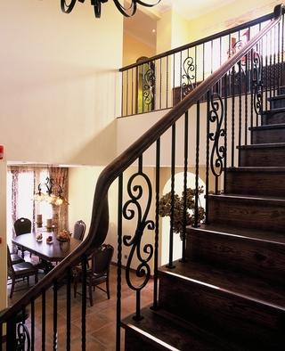 148平混搭风格复式楼欣赏楼梯间