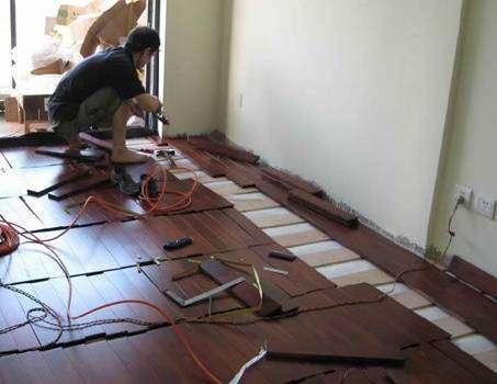 旧的实木地板如何翻新及翻新注意事项