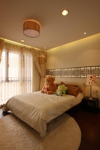 现代中式风卧室装修图
