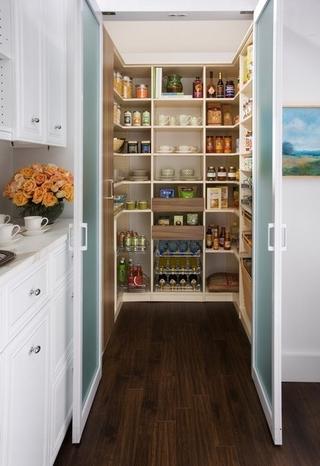 美式住宅精美三居欣赏储物柜设计图