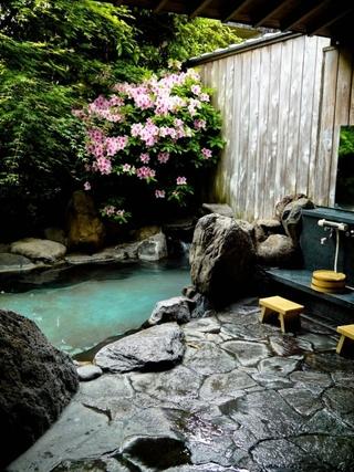 现代风格别墅温泉