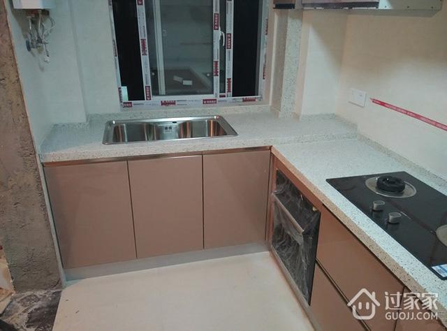"""橱柜安装全过程曝光!看看我家的""""陶瓷""""整体橱柜安装效果"""