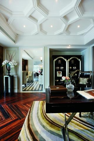 新古典风格酒室
