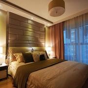 精致卧室软包背景墙装饰图 温馨不止一点点