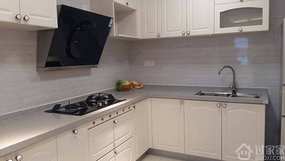 工艺节点15:厨房墙砖铺贴