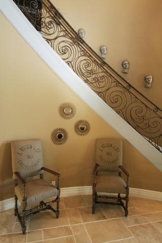 欧式装饰别墅套图楼梯间设计