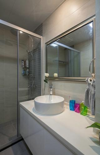 118平简约三居室案例欣赏卫生间吊顶