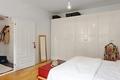 简约公寓卧室衣柜