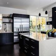 现代简约黑白色一居室欣赏厨房