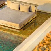 现代顶级度假别墅水床