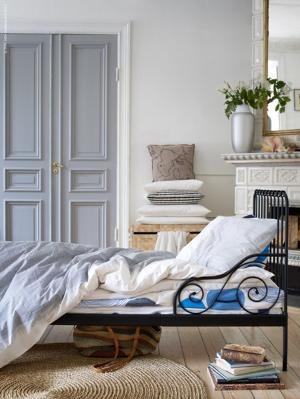 卧室木门材质介绍及颜色的选择