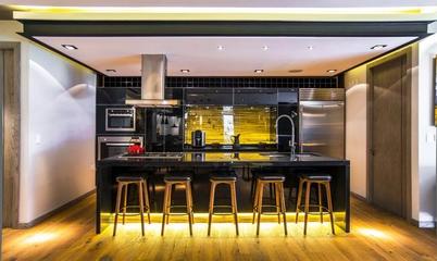 黑色时尚现代住宅欣赏厨房