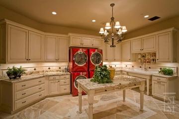 欧式奢华别墅装饰赏析厨房设计