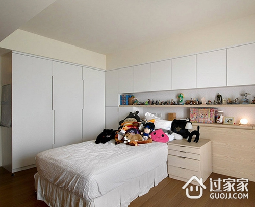 卧室衣柜吊柜的好处及尺寸大小