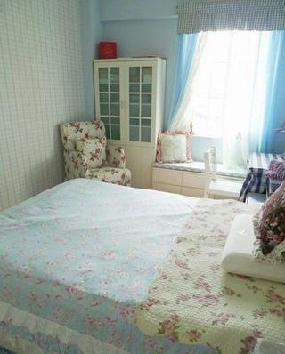 79平粉嫩田园住宅欣赏卧室飘窗