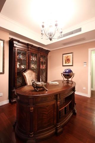 130平美式四室两厅欣赏书房陈设