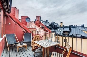 136平金典温馨阁楼设计欣赏阳台