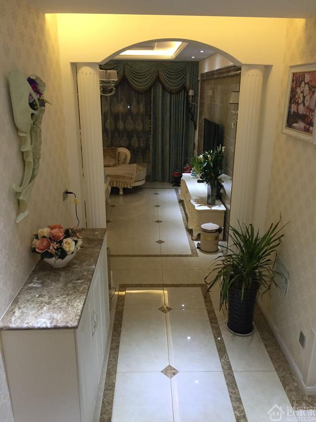 84平小户型的简欧风格设计,大一室改成两室效果挺大气的