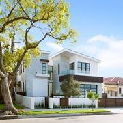 现代梦想家庭院