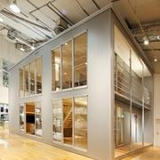 89平日式温馨复式楼欣赏过道设计