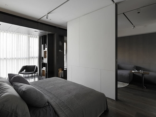 87平深色现代三居欣赏卧室局部