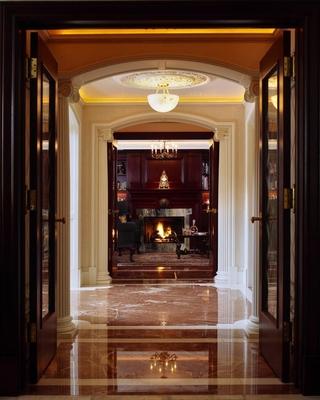 法式别墅效果图室内走道