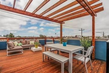 奥克兰现代家居别墅住宅露天阳台
